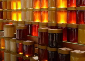 Healing With Manuka Honey
