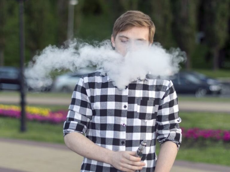 Teen vaping doubles danger for subsequent tobacco use
